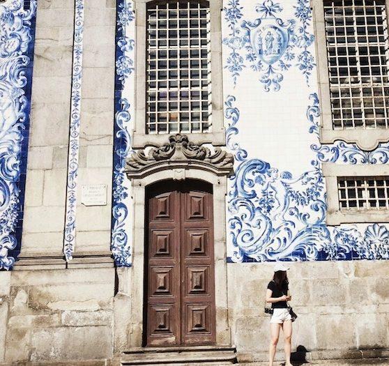ポルトガル・ポルトの観光スポット:ワインを飲んでハリーポッターの舞台を見る?