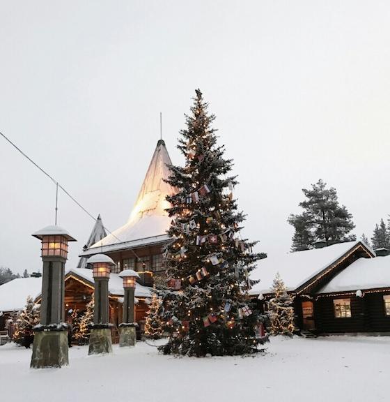 フィンランド・ヘルシンキのおしゃれ観光スポット:サンタクロースとオーロラのに出会える場所