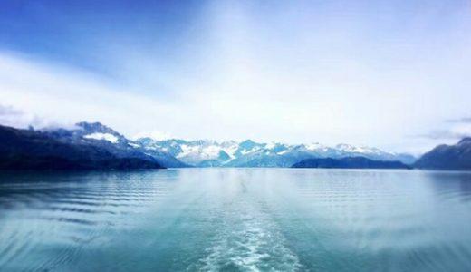 アラスカの観光スポット:フィヨルドとオーロラ見てサーモンを食べる?!