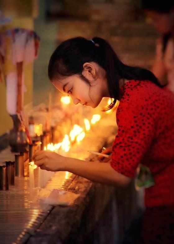 ミャンマーのおしゃれ観光スポット:仏教寺院を参拝してかわいいお坊さんに癒される?!